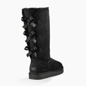 UGG Bailey Bow Boot Tall II EUC Size 6